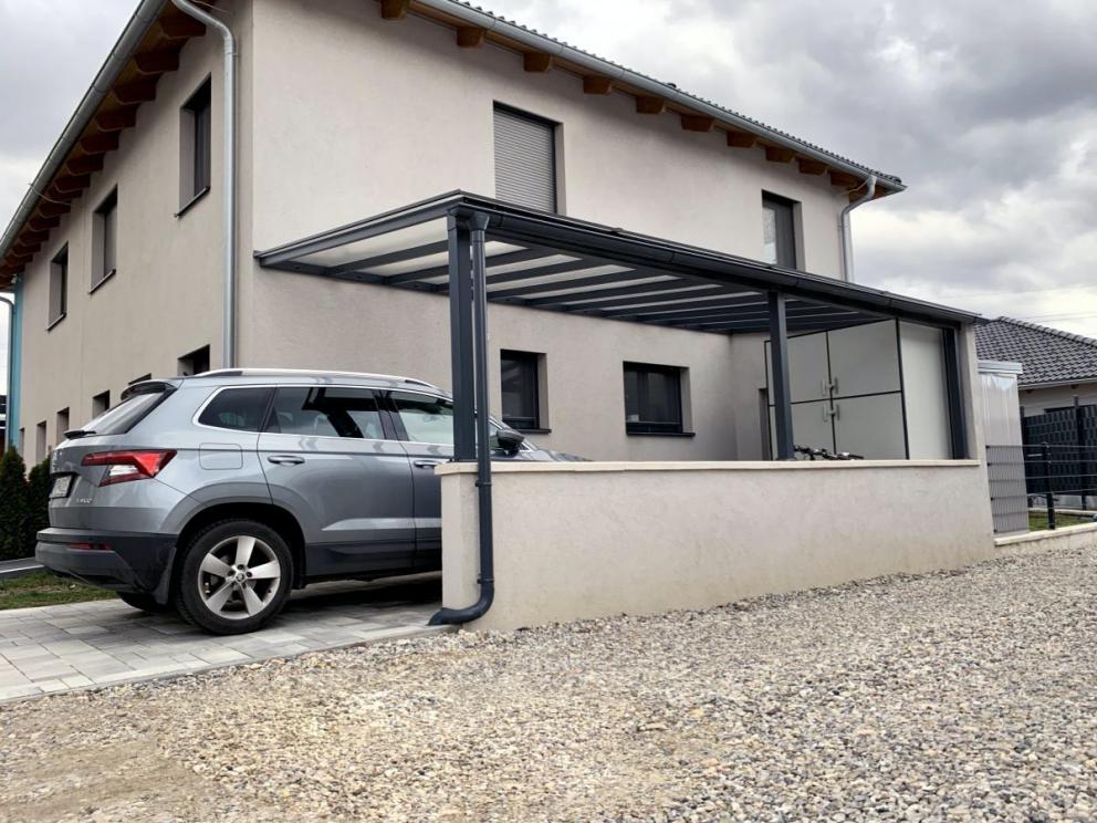 Zabránenie prehrievania interiéru auta